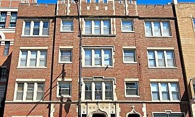 Building, 834 W Fullerton Ave C, 0