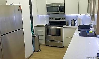 Kitchen, 300 Bayview Dr 1111, 1