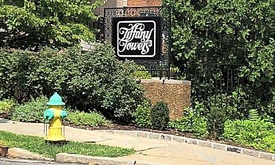 Tiffany Towers, 1