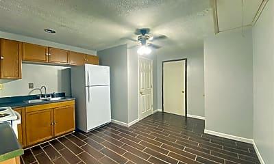Kitchen, 310 Warren Way, 2
