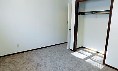 Bedroom, 702 W 12th St, 2