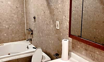 Bathroom, 672 Gannon Ave S 1, 2