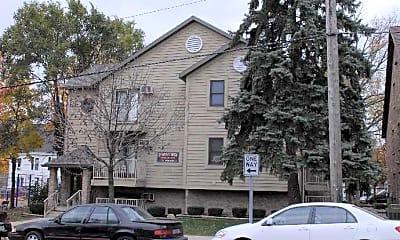 Prime Campus Housing, 1
