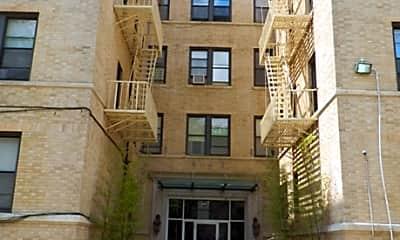 140 Chancellor Apartments, 2