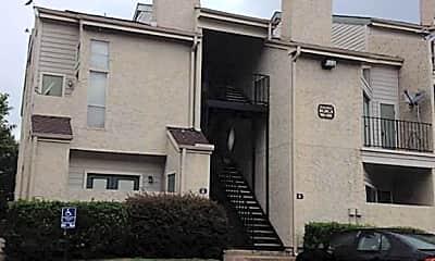 Building, 10855 Meadowglen Ln 1030, 1