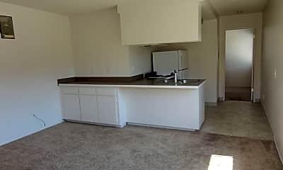 Kitchen, 4145 Ohio St, 1