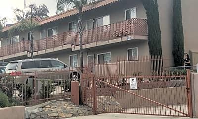 Villa De La Paz Apartments, 2