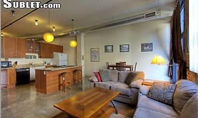 Living Room, 2500 Walnut St, 1