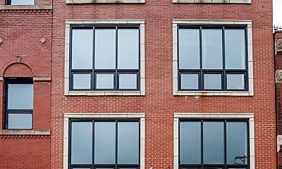 Building, 1021 W Lake St 4, 0