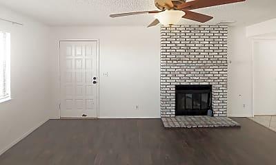 Building, 936 W Graaf Ave, 1