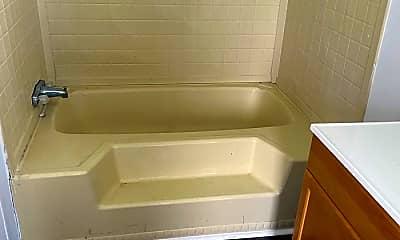 Bathroom, 1372 Hargraves Rd, 2