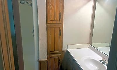 Bathroom, 1112 Summerton Pl, 2