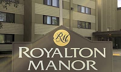 Royalton Manor Apartments, 1