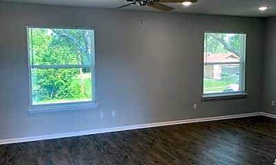 Living Room, 2315 Jennifer Dr, 0