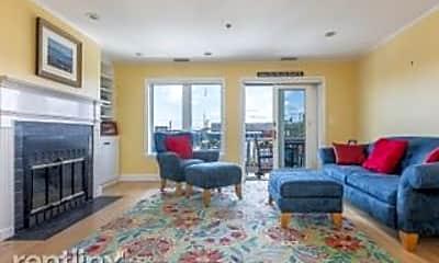 Living Room, 504 Chandlers Wharf, 1