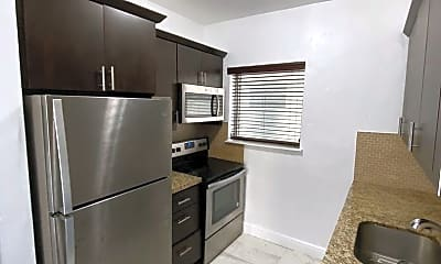 Kitchen, 101 Antiquera Ave, 1