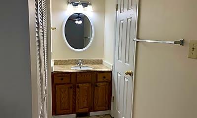 Bathroom, 4030 Arckelton Dr, 2