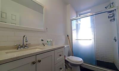 Bathroom, 2400 Cambreleng Ave 1516, 2
