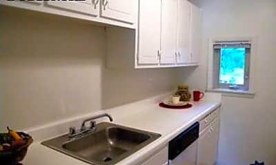 Kitchen, 2341 Lancashire Dr, 2