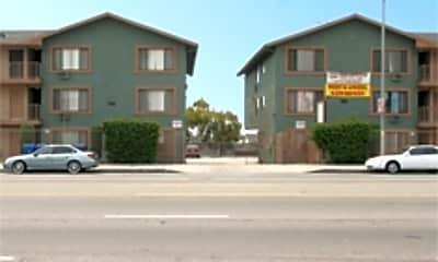 El Segundo Apartments, 1