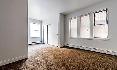 Bedroom, 5100 W Madison St, 1