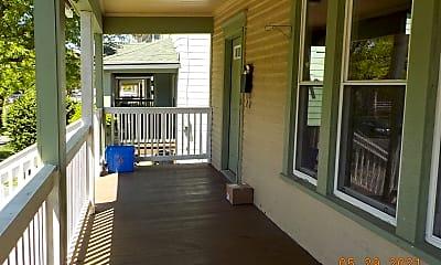 Patio / Deck, 965 Lancaster Ave, 1