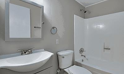 Bathroom, 901 E 8th St, 2