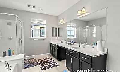 Living Room, 5437 Chamberlain St, 2