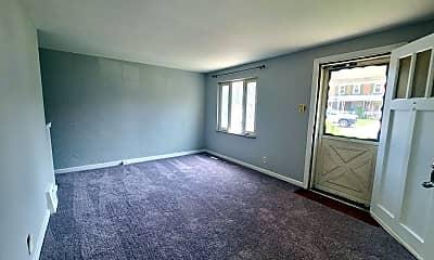 Living Room, 716 Shadycrest Ct, 1