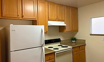 Kitchen, 8211 Vincetta Dr, 0