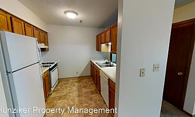 Kitchen, 212 S Hyland Ave, 1