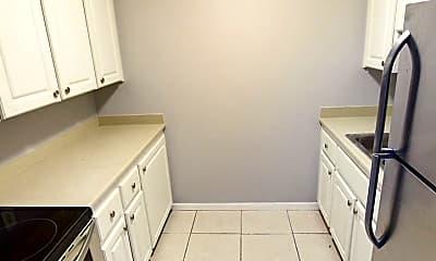 Kitchen, 916 W New York Ave, 1