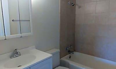 Bathroom, 1904 W 6th Ave, 2