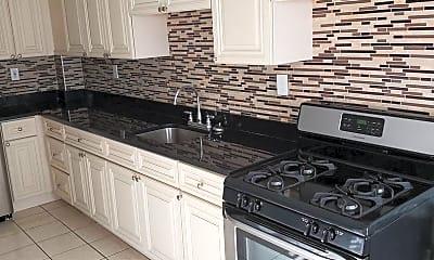 Kitchen, 176 Lafayette St, 0