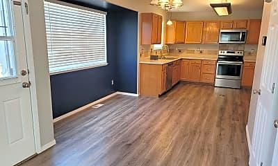 Kitchen, 7266 Moss Bluff Ct, 1