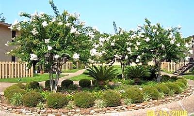 Bayside Oaks, 2