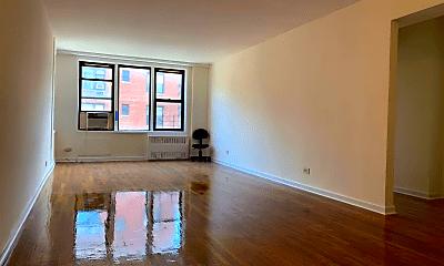 Living Room, 83-25 Vietor Ave, 0