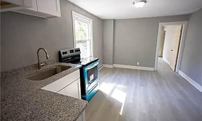 Living Room, 1518 Wilcox Ave 4, 2