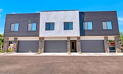 Building, 3900 N 30th St 1, 0