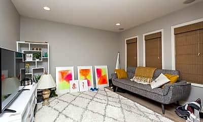 Bedroom, 909 W Ohio St, 1