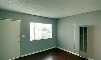 Living Room, 505 Eastmont Ave, 1