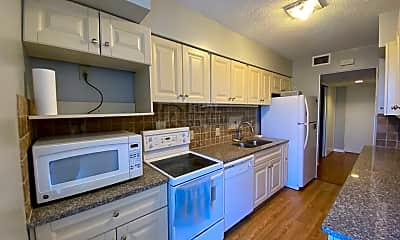 Kitchen, 1101 N Elm St, 1