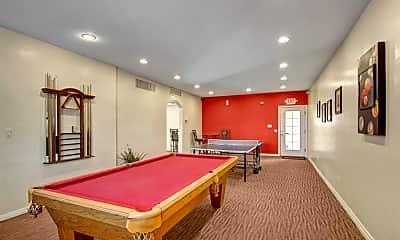 Country Club Verandas, 2