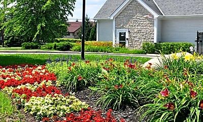 Landscaping, Village Gates Of Delaware, 0