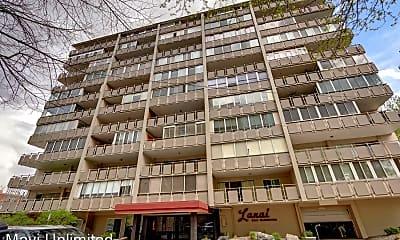 Building, 800 N Washington St, 2