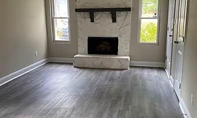 Living Room, 2352 Travis Rd, 1