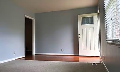 Bedroom, 114 Connie, 1