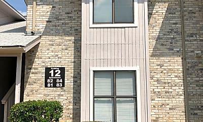 Fox Creek Apartments, 0