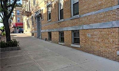 Building, 66-61 60th Pl, 2