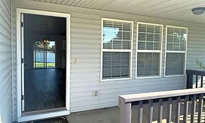 Patio / Deck, 502 Hampton Cir, 1